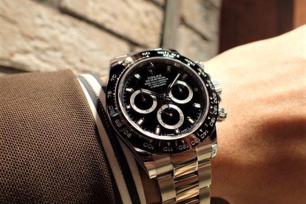 黒好きにはたまらないデザイン デイトナ REF.116500LN ブラック